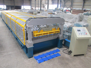 India 1220 & 1450 Coilbreedte rolvormen machine